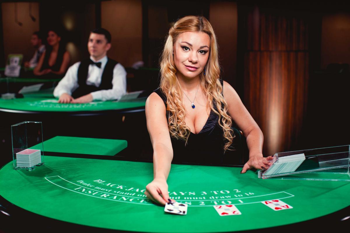 det är enkelt att spela casino online